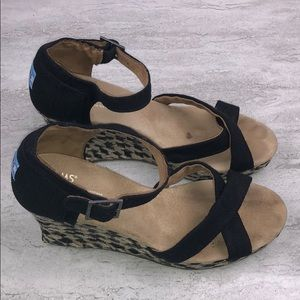 🌵TOMS Wedge Sandals Size 9.5